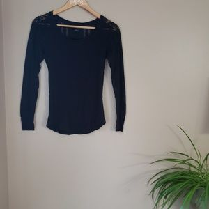 lucky brand ] black long sleeve with lace sleeve